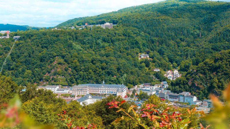 Hotel_mit_Ausblick_Ausflugsziel_Limes_Berghotel_Wintersberg_Hotel_Restaurant_BadEms_Koblenz_Street-Religion_Wintersberg_Balkon